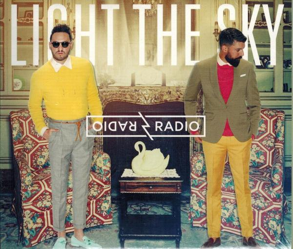 Radio Radio - Light the sky